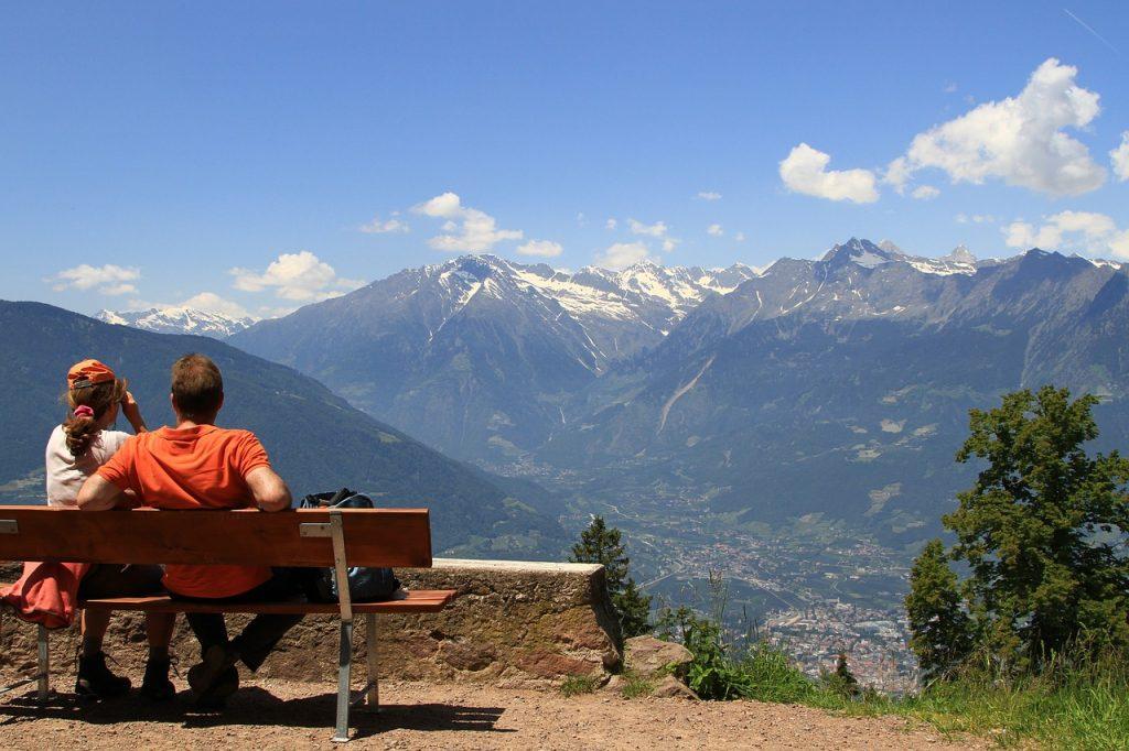 mountains-1327262_1280